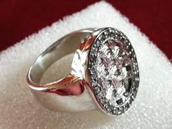 Női ezüst gyűrű cirkónia kövekkel