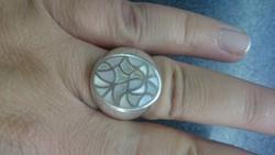 Ezüst pecsét gyűrű gyöngyház berakással