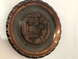 Bronz fali tányér