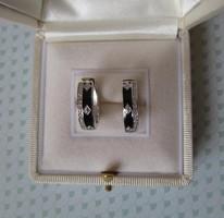 Elegáns zománc ezüst karika fülbevaló apró kövekkel - új ékszer