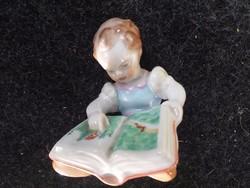 Herendi :Olvasó kislány