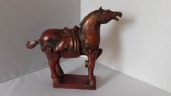 Tang harci ló szobor faragott fa
