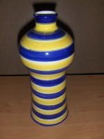 Jelzett csíkos kerámia váza (4/d)