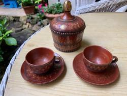 Indiai ginzeng tartó fajansz edény két pici csészével