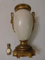 Aranyozott bronz urna váza.