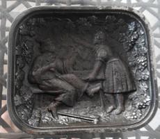 Antik vas tál szüretelő jelenettel