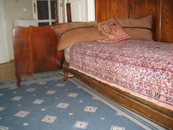 Ágy, heverő, párban, (dupla ágy) , hátlappal, matraccal vagy nélküle, 2 x 3 db