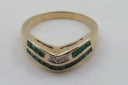 Aranygyűrű smaragd és gyémánt kövekkel arany gyűrű 9 k