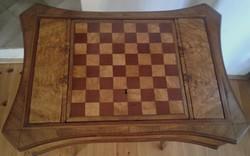 Barokk sakk asztal