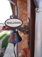 Öntöttvas Welcome feliratú csengő, kolomp, harang