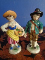 19.sz-i  Nápolyi Capodimonte porcelán figura pár