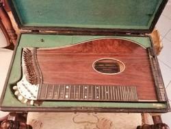 Régi citera hangszer