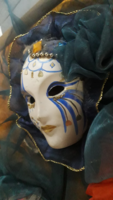 Velencei kézzel festett maszkok