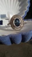 Kék és fehér zafír 925 ezüst gyűrű 52