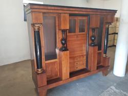 Szép ritka antik szekrény