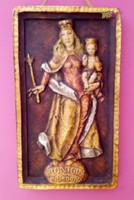 A béke királynője. Festett, égetett kerámia dombormű, Németországból. Egyedi művészi munka.