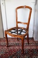 Fa szék, felújítást igényel, stabil szerkezet