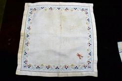 Art-deco damaszt szalvéta , kendő , dísz terítő 37 x 36 cm