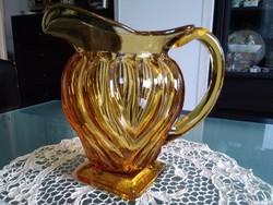 Art Deco borostyán színű bordázott üveg kancsó, egyedi formával!
