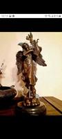 Ark angyal bronz szobor