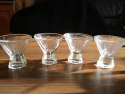 4 db vastagfalu likőrös pohár
