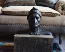 Dante mellszobor, bruszt, az eredeti, gipsz másolata, loft, modern enteriőrbe