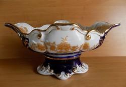Aranyozott gyönyörű fehér-kék neobarokk nagyméretű talpas porcelán gyümölcsöstál kínáló