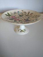 2 db, Zsolnay minőségű Margit jelzésű asztalközép, 1889-ből és váza számozott