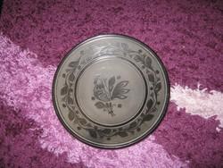 Nagyon ritka, fekete-feketével, kakasos  tányér,  24 cm, 123..