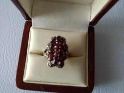 Gránát markazit köves ezüst gyűrű