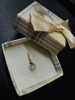 Ezüst foglalatú gyémánt köves medál