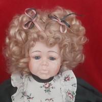 Karakter baba, Porcelán baba, öltöztethetős