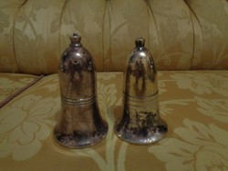 Mutatós antik ezüstözött fűszerszóró pár (só és bors szóró)