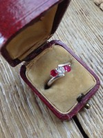 Osztrák ezüst gyűrű rubin kövekkel