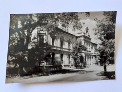 Régi képeslap 1961 Kiskőrös Tanácsháza