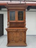 Antik ónémet bútor tálaló dúsan faragott konyhai színes ólomüveg berakás tálaló szekrény kredenc