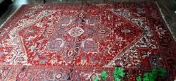 Heriz mintás perzsa szőnyeg