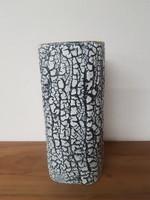 Érdekes hasáb váza - retro kerámia. Bán Károly jelzéssel.