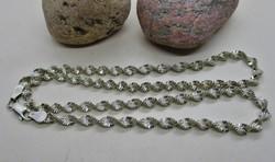 Gyönyörűrégi csavart mintás ezüstnyaklánc
