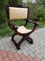 Lovagi szék - Nagyméretű, gyönyörű faragásokkal, szép kárpittal