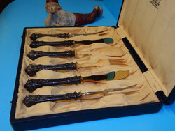 Ezüst és elefántcsont  szedőeszköz készlet  a XX. szd. első feléből