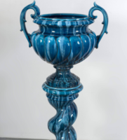 Jerome Massier nagy méretű kék állványos kaspó