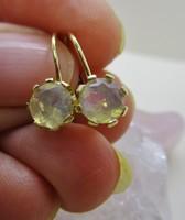 Gyönyörű valódi opál köves aranyfülbevaló
