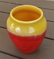 Régebbi különleges kerámia váza, nagyon szép