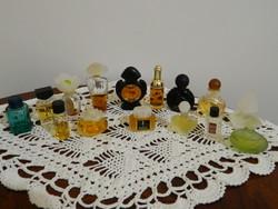 Márkás mini parfümök 15 db együtt