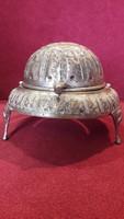 Perzsa motívumokkal díszített ezüstözött kaviártartó, fűszeres, kínáló
