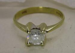 Csodálatosan szép arany gyűrű 0,73ct brill kővel