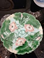 Körmöcbányai majolika tányér, fali tányér. Virág dísszel Nagy méret.