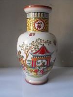 Keleti porcelán váza