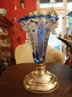 Ólomkristály váza. Kézi csiszolás. Ezüst talpú. Dianas l. 1900-as évek.